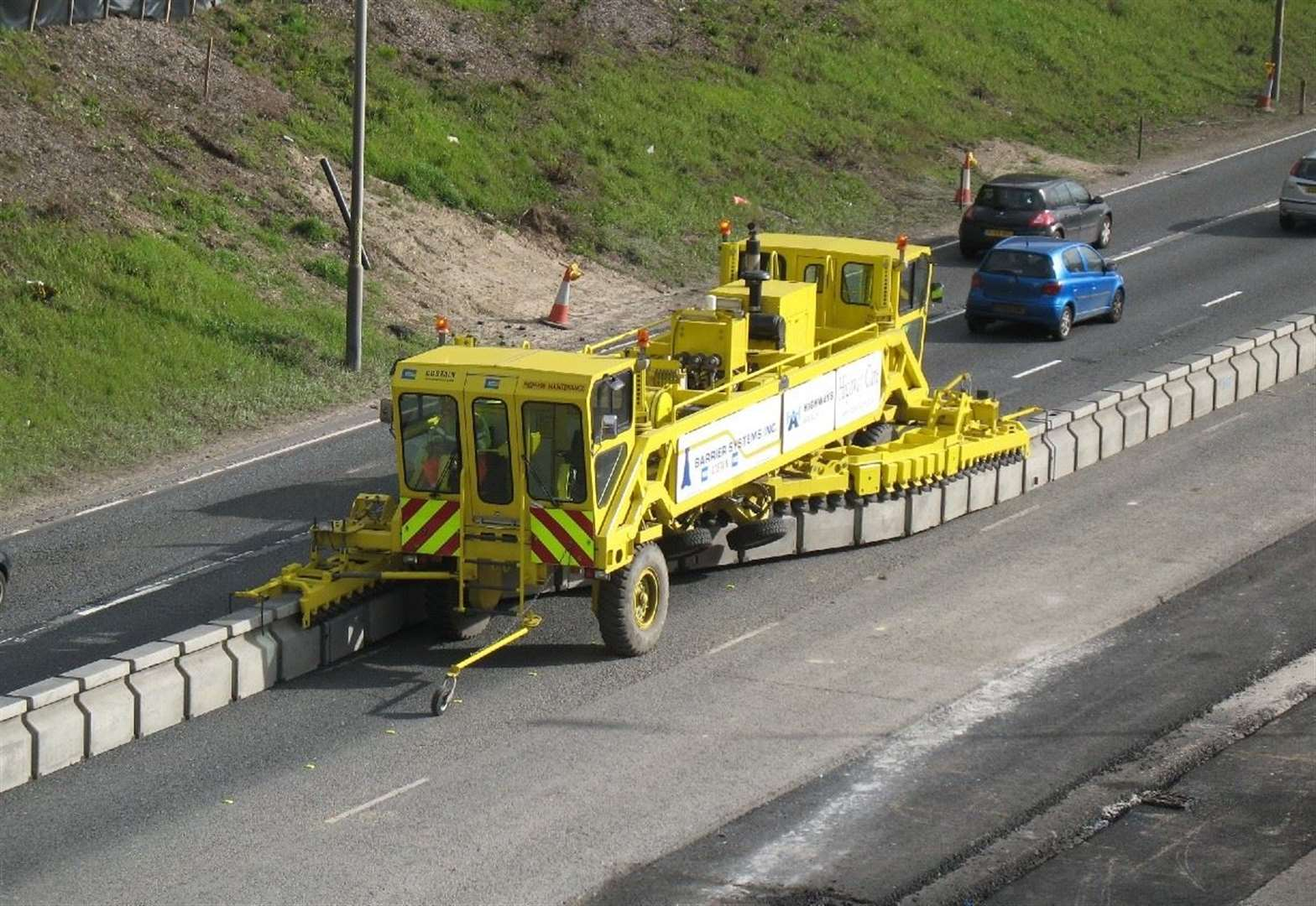 M20 to get moveable barrier