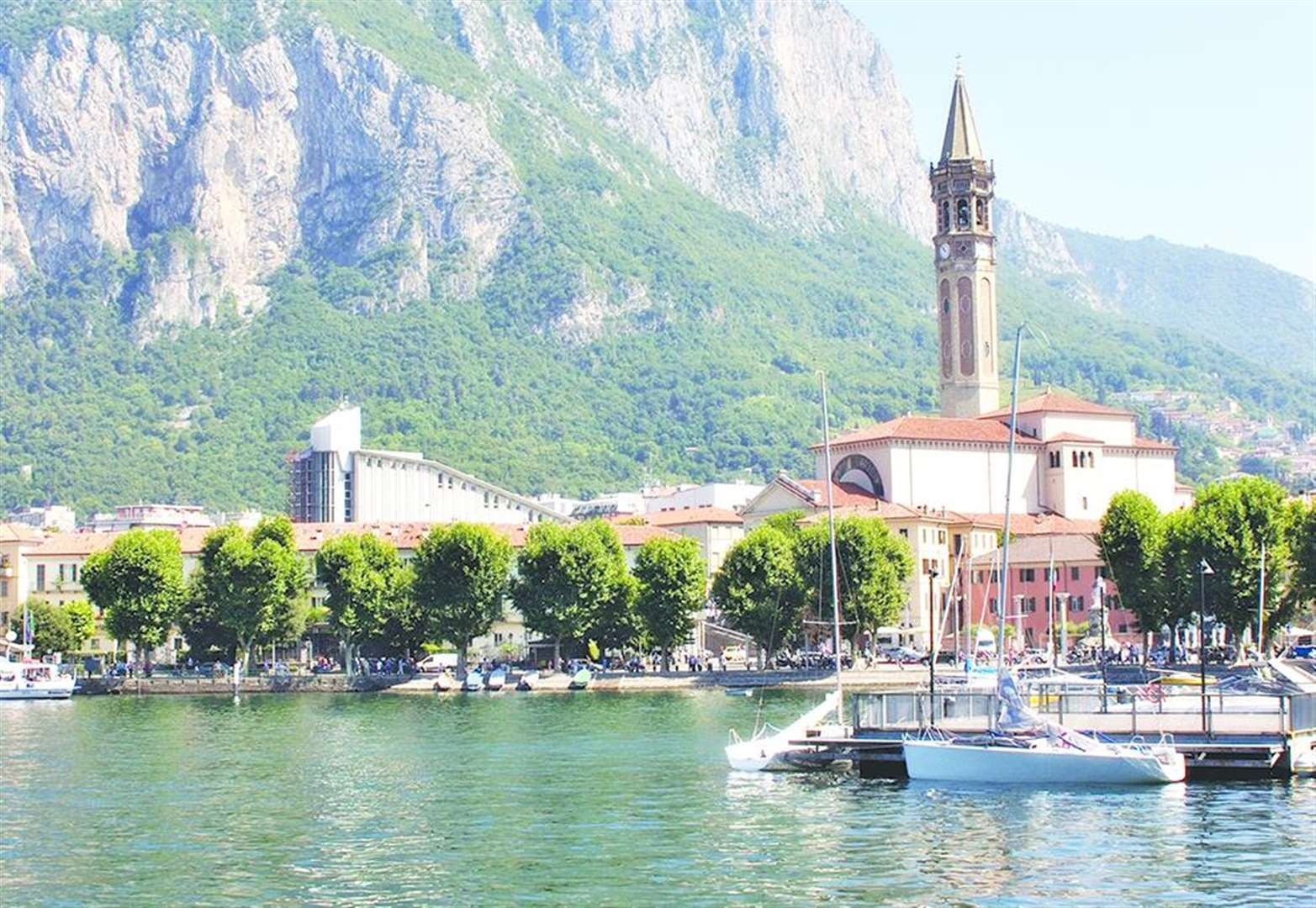 Italy's stunning Lake Como delivers an unexpected smack on the back