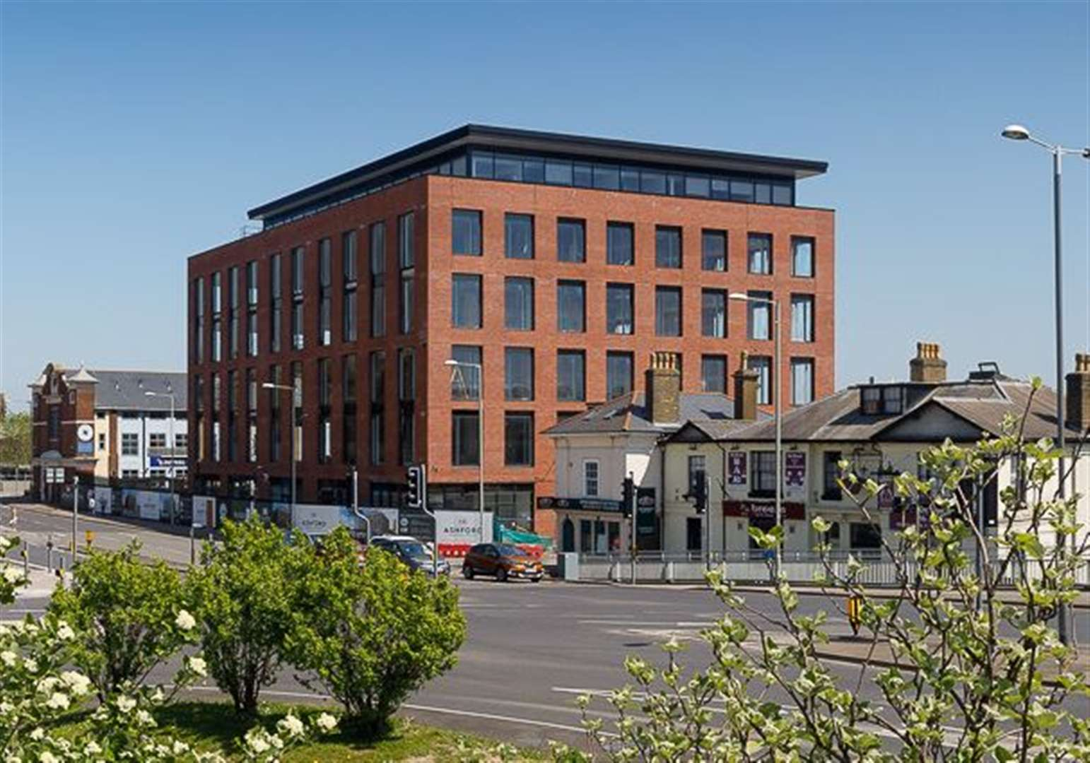 Council to buy £17m office block
