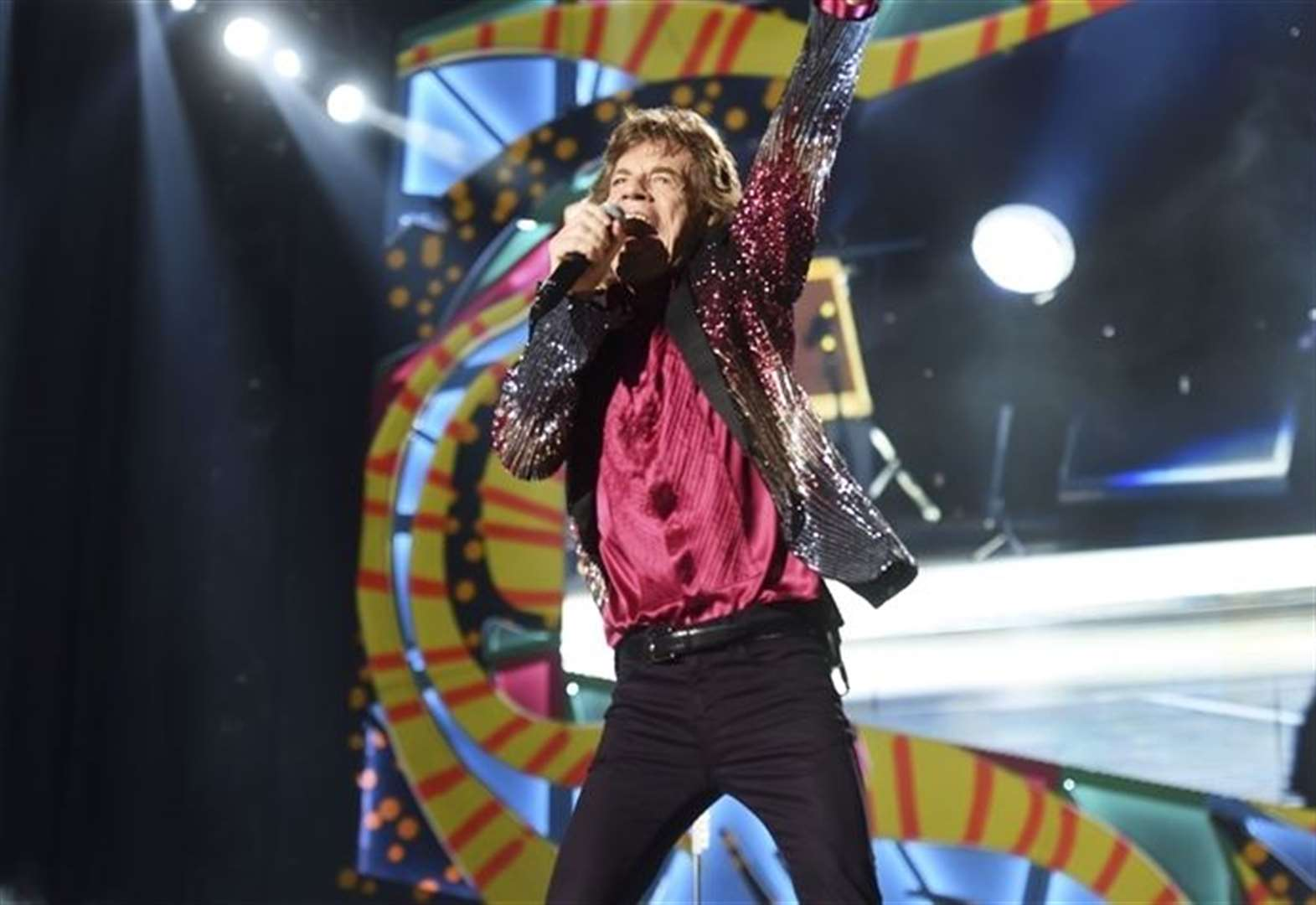 Jagger rolls back into action after heart surgery