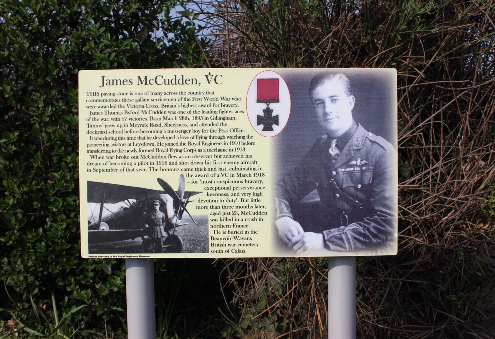 Kent war hero has second Victoria Cross pavement unveiled in his honour