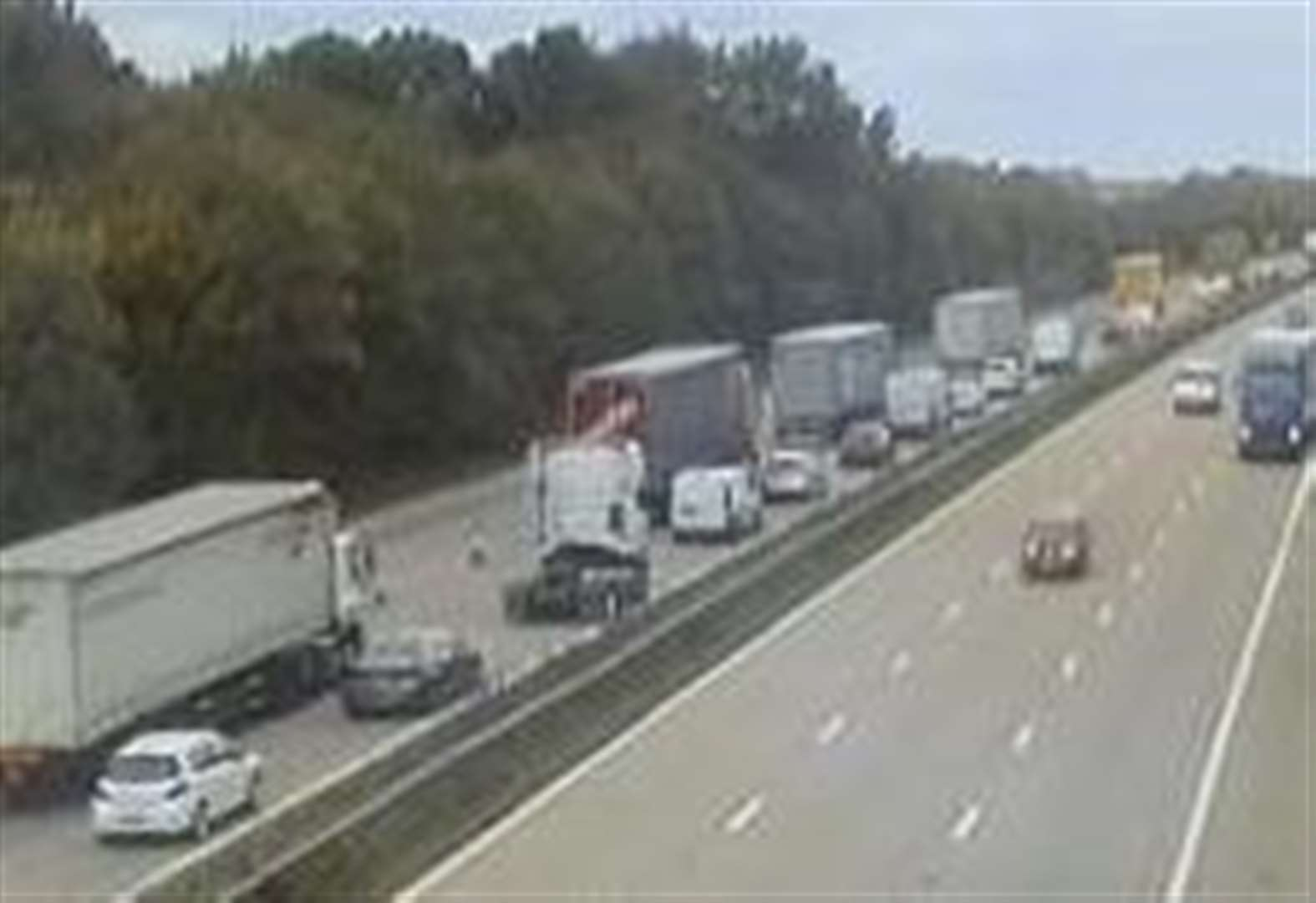 M20 disruption as vehicle breaks down