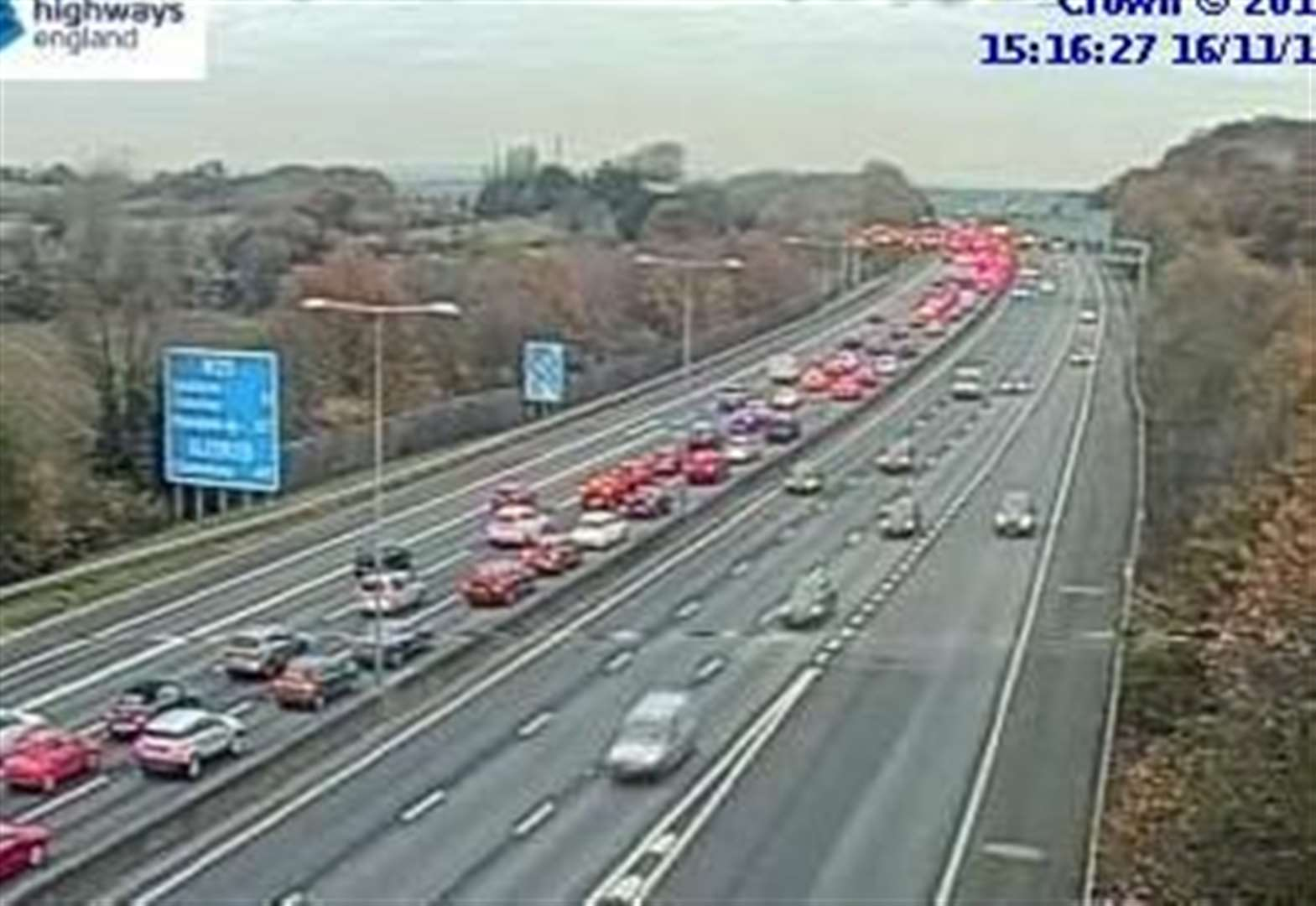 Delays on M25 after crash