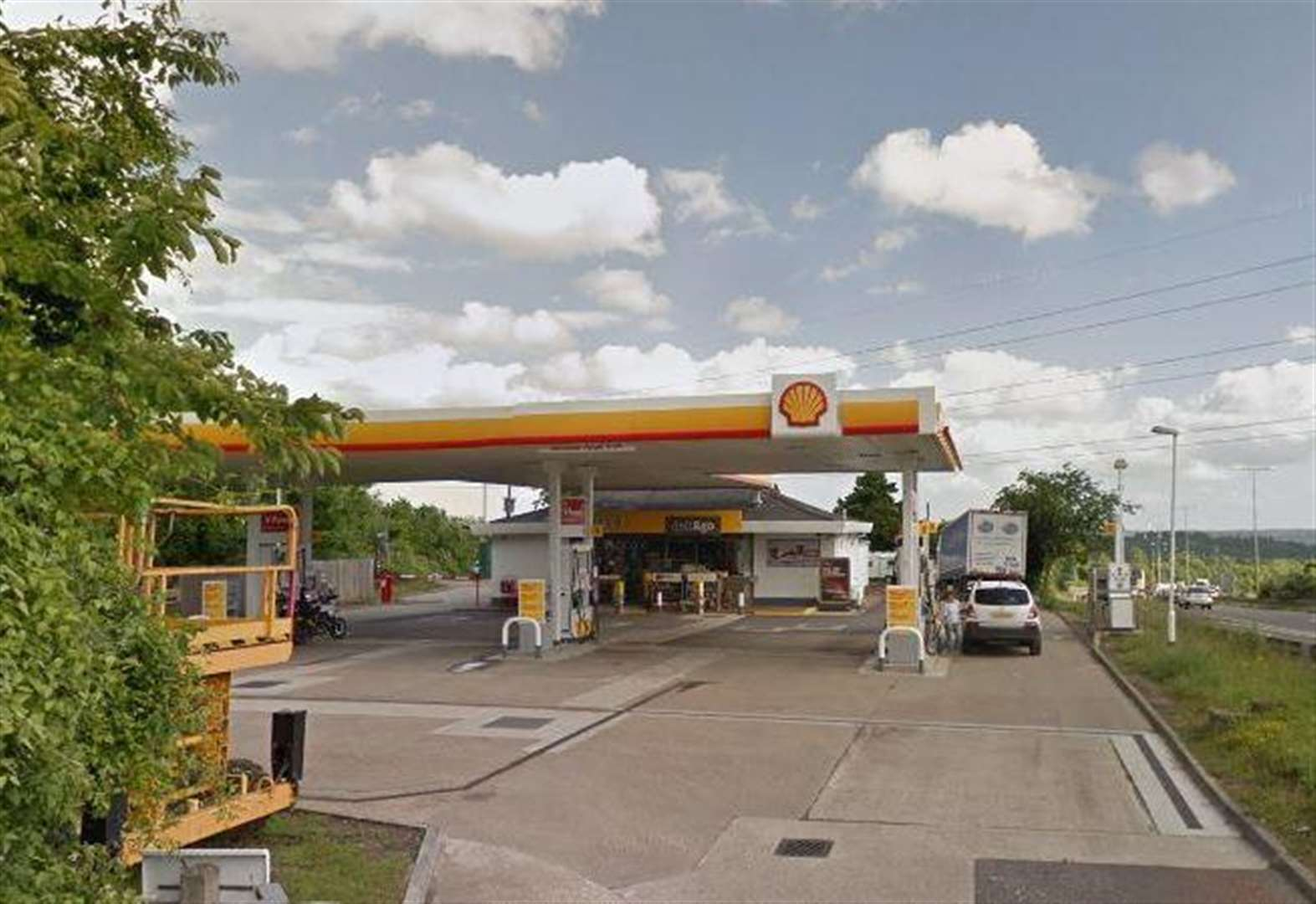 Man risked 'enormous destruction' at petrol station