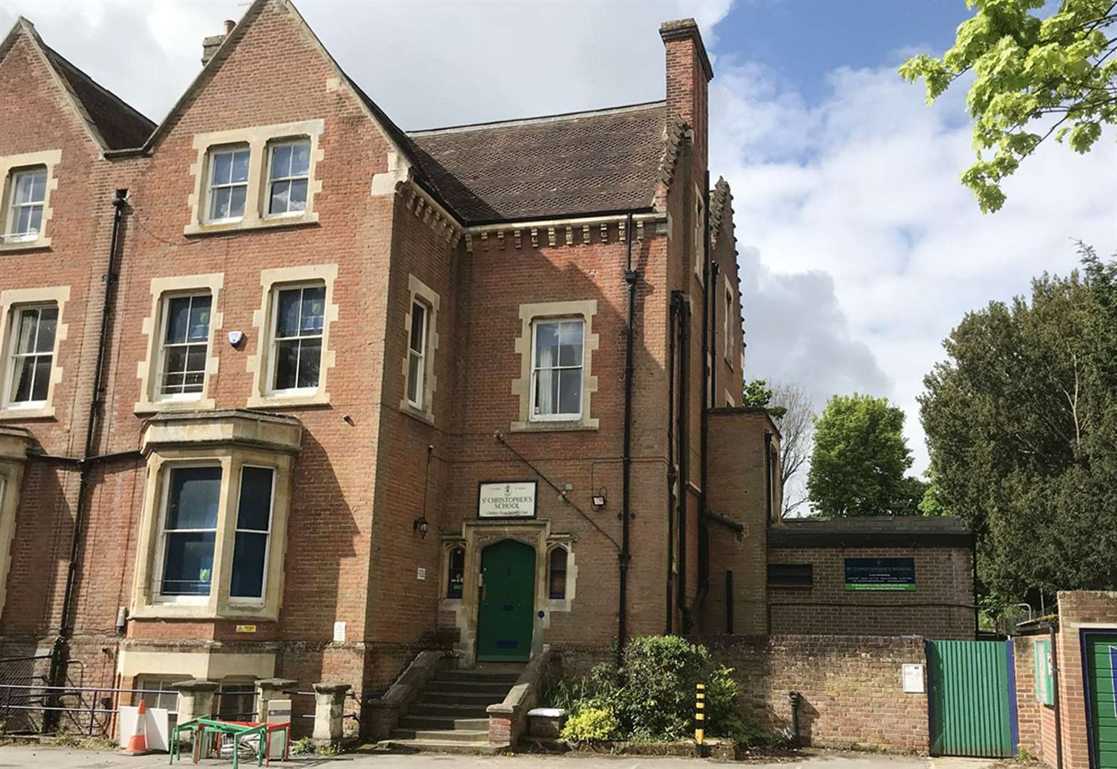 Former school put up for auction