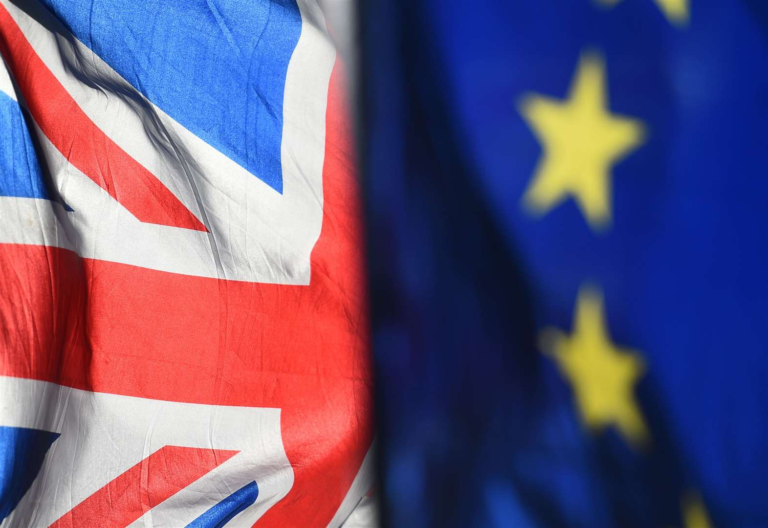 Major Brexit poll shows uncertainty growing in UK economy