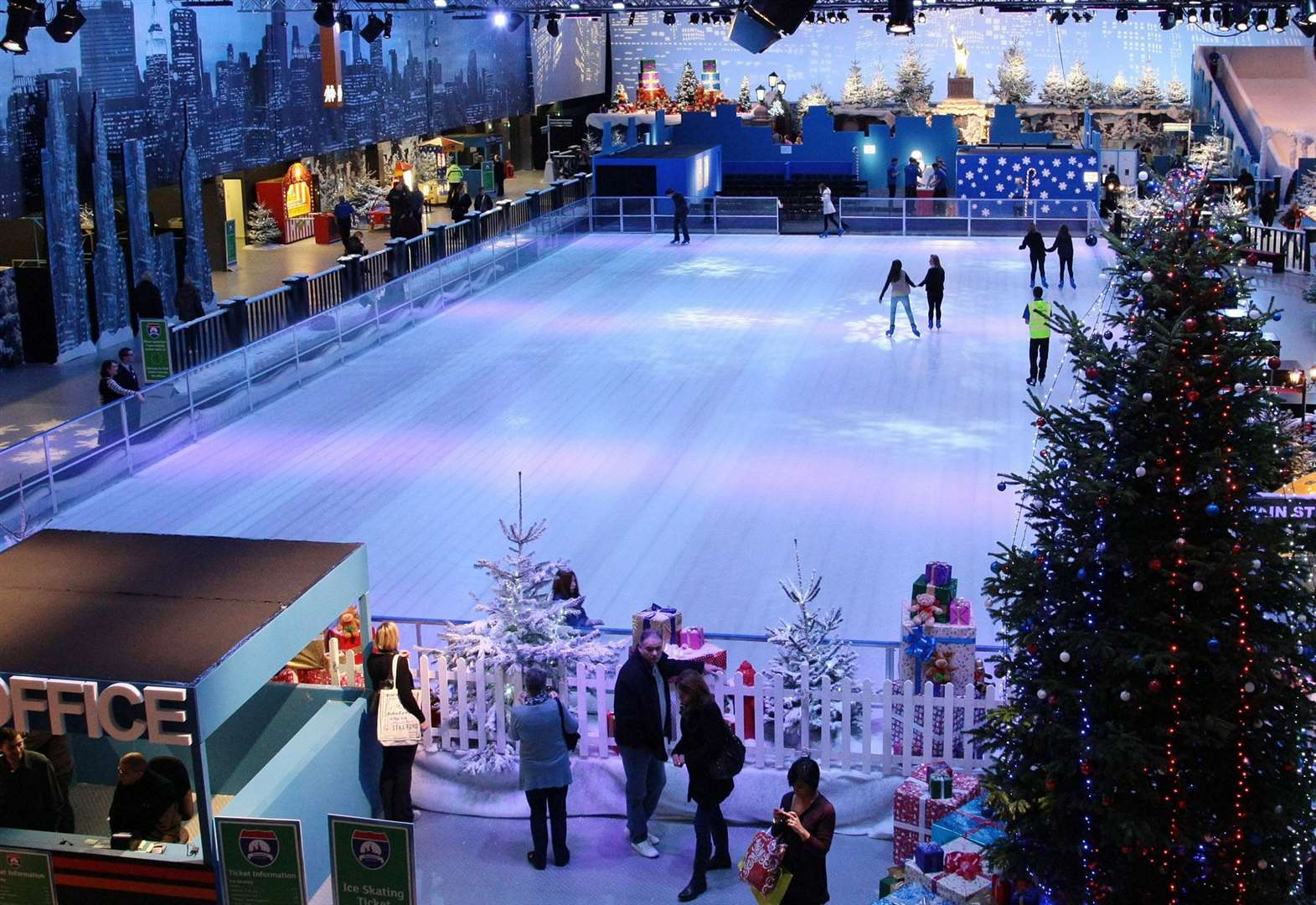 30 Christmas ice rink jobs up for grabs