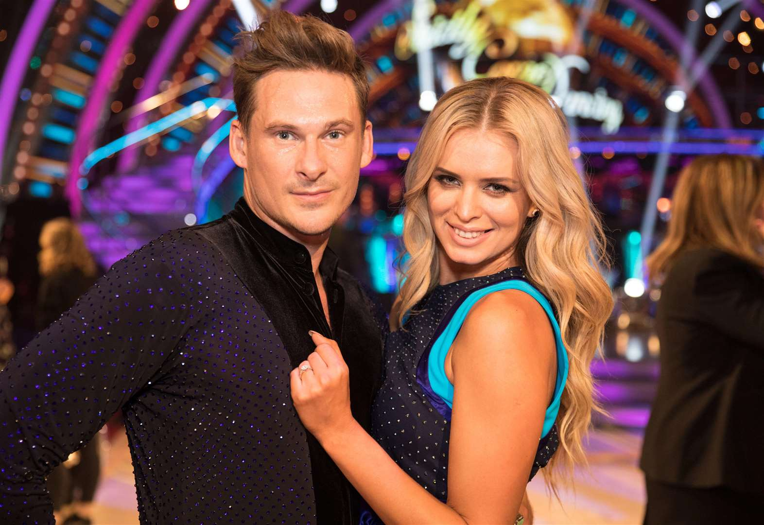 Lee Ryan booted off Strictly