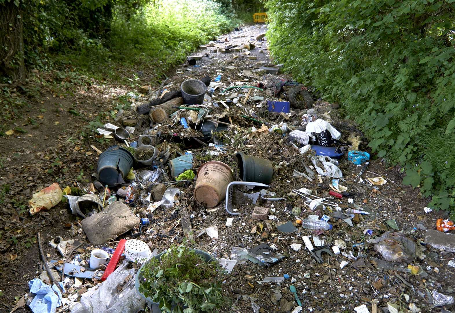 Road blocked by fly-tippers