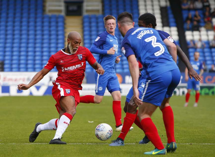 Josh Parker charging forward for Gills Picture: Andy Jones