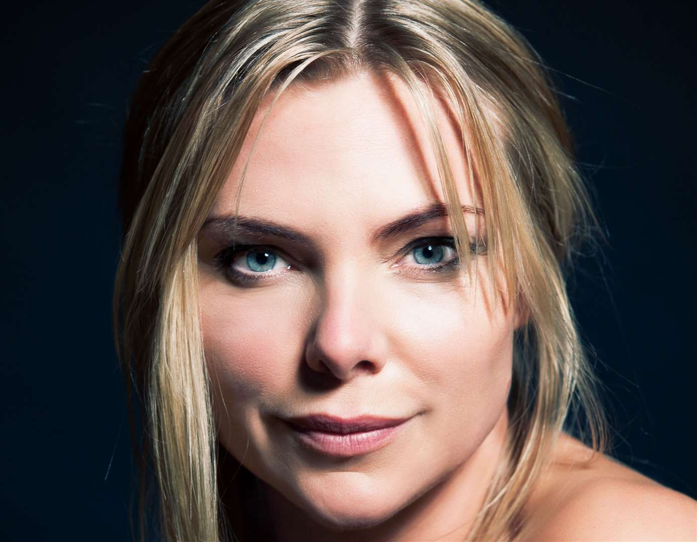 Samantha Womack stars in the Girl on the Train (9151138)