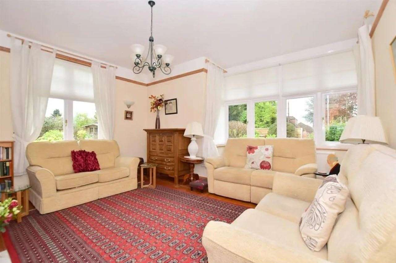 The living room. Picture: Zoopla / Wards
