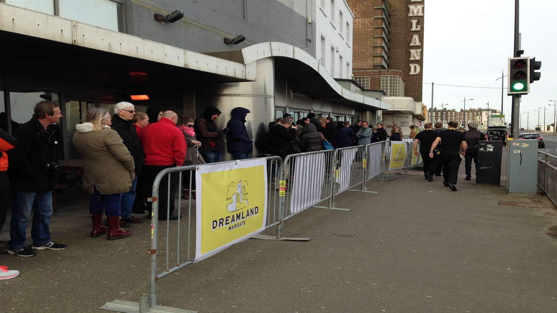 Queues build up for Dreamland tickets