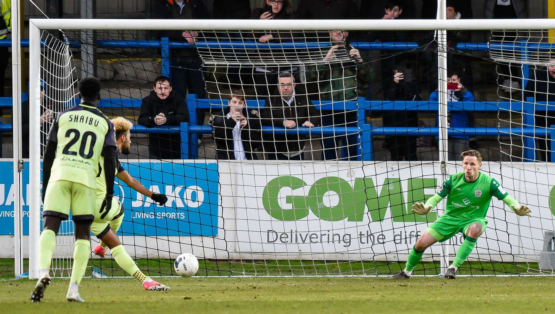 Boreham Wood's Sorba Thomas sends Dover keeper Lee Worgan the wrong way from the penalty spot Picture: Alan Langley