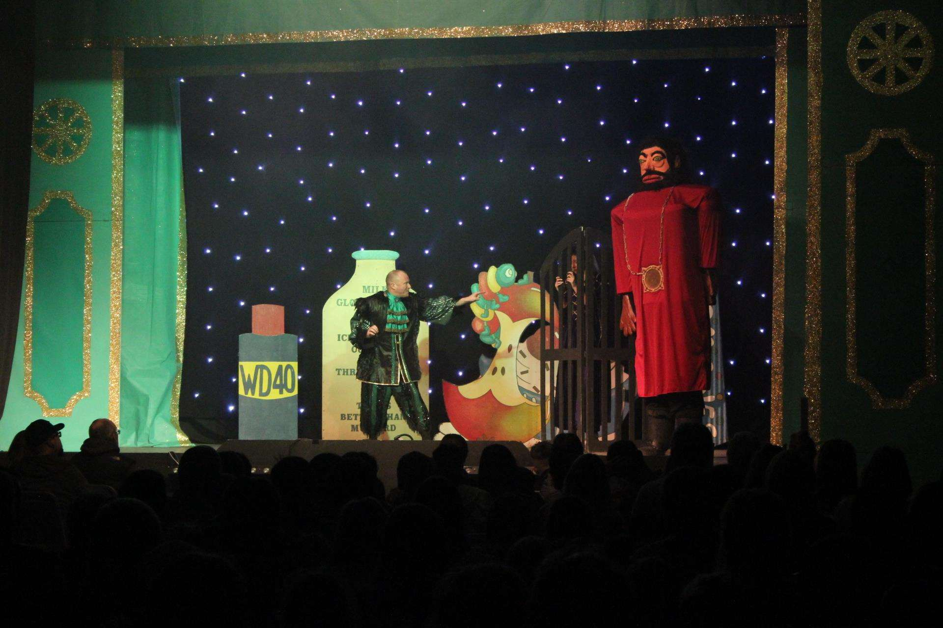 Fee-fi-fo-fum: It's Giant Bumbledore in Jack and the Beanstalk at Sittingbourne's Swallows Leisure Centre (6183869)