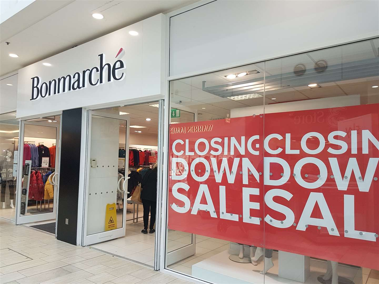 Bon Marche's Ashford store has 'closing down sale' signs on its windows today (21702957)
