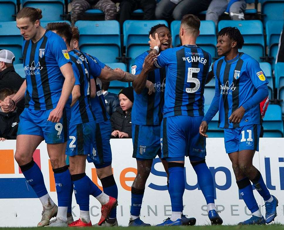 Gillingham celebrate the winning goal Picture: Ady Kerry (7661391)