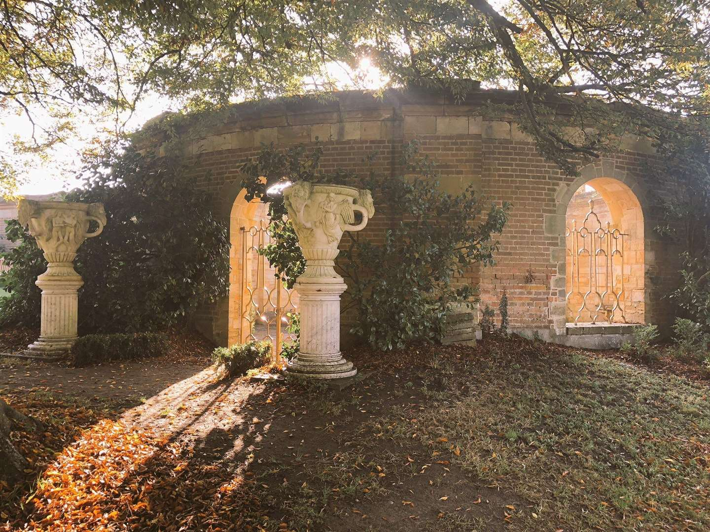 The golden autumnal light at Hever