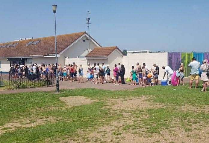Medway residents including pregnant woman stand in hour - The strand swimming pool gillingham ...