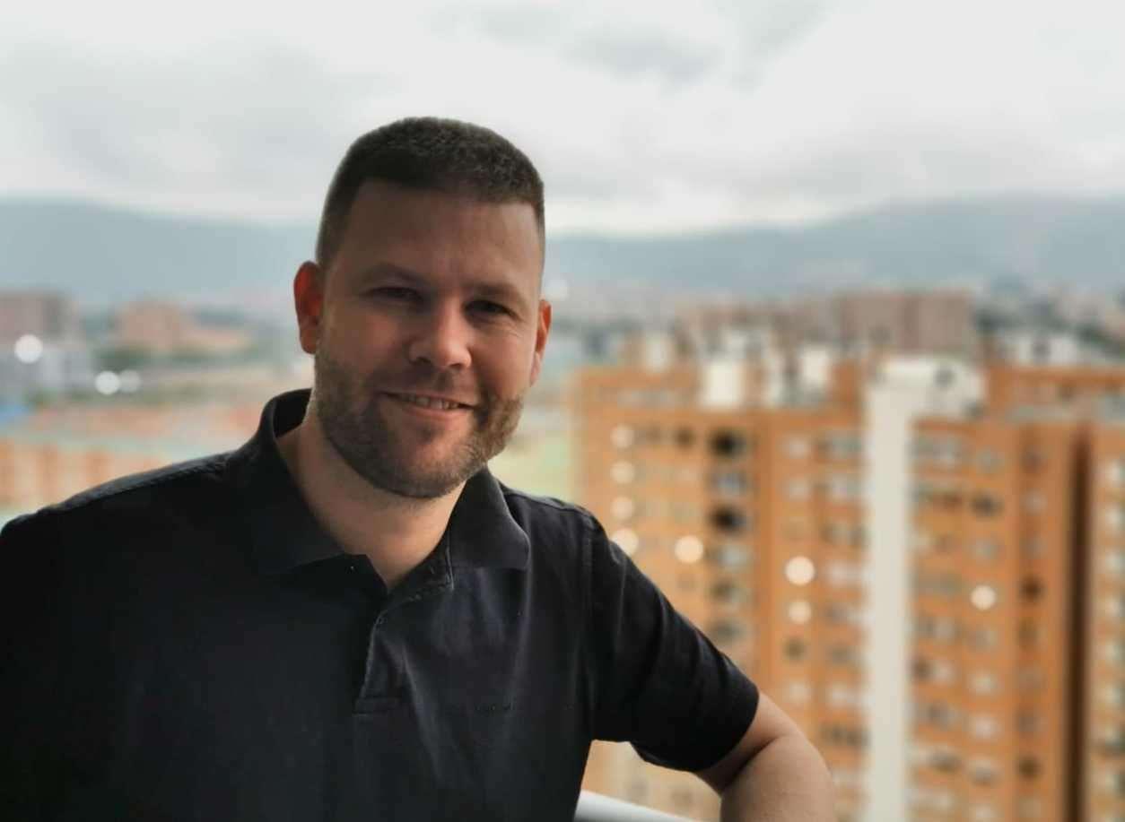 Nathan Griffiths dice que no puede regresar al Reino Unido debido a las estrictas reglas de la