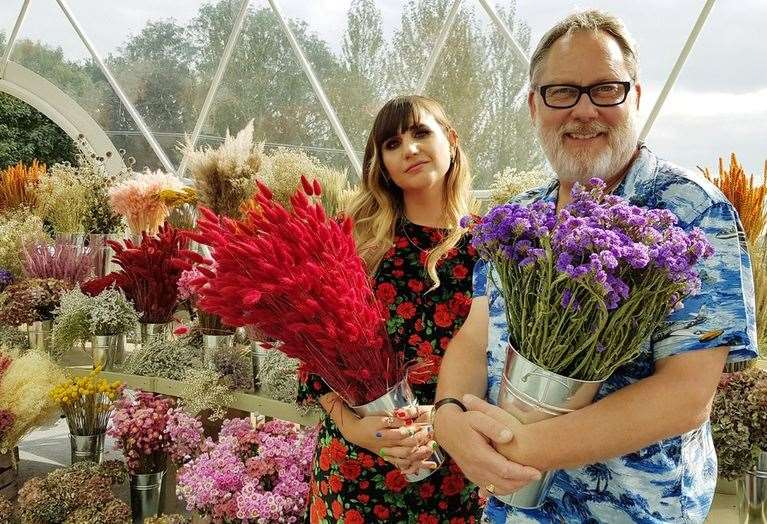 Comedians Vic Reeves and Natasia Demetriou host the Big Flower Fight on Netflix