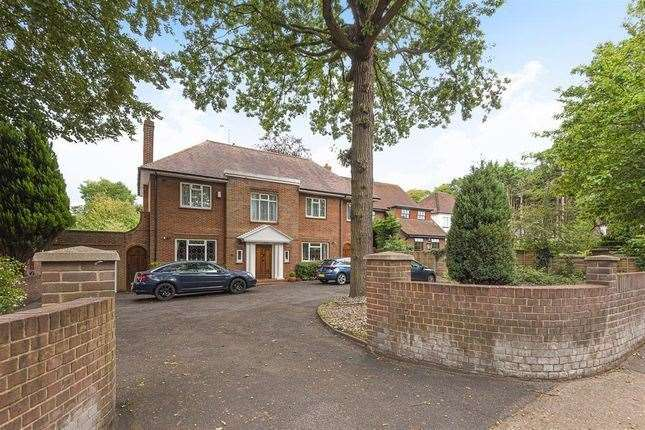 Four-bed detached house in Maidstone Road, Chatham. Picture: Zoopla / Hunters