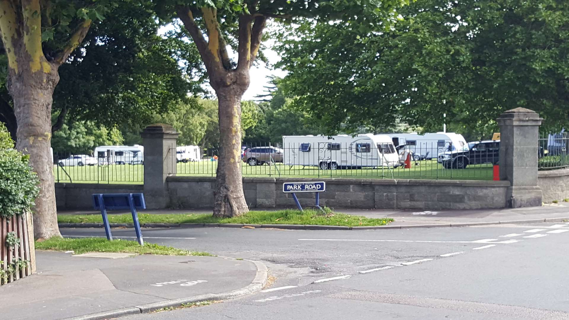 The travellers have set up home at Swanscombe Park.