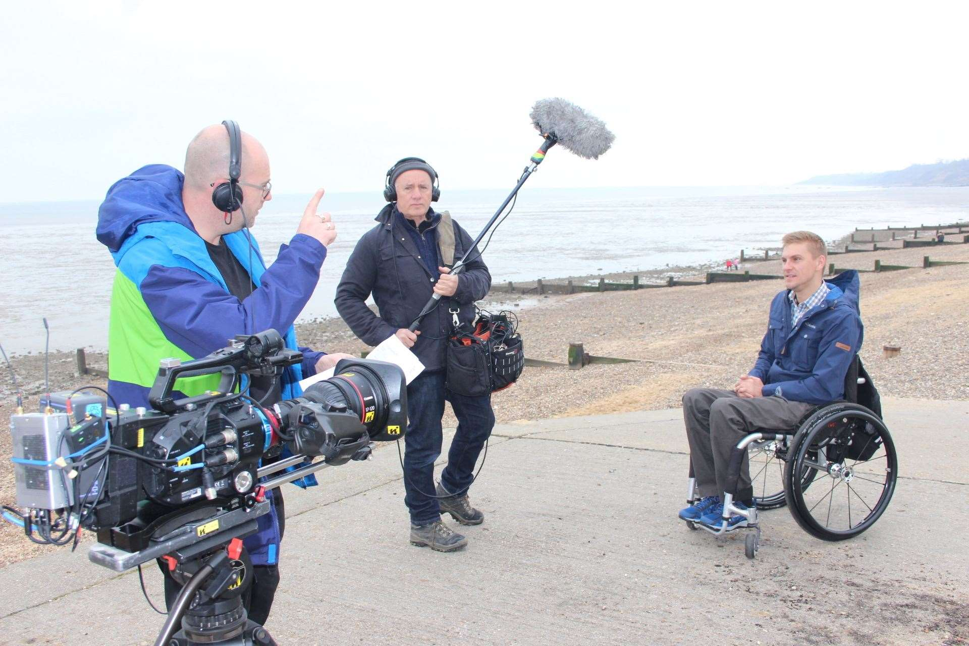 Action: TV presenter Steve Brown records the BBC One programme Blue Planet UK on the beach at Minster (7820236)