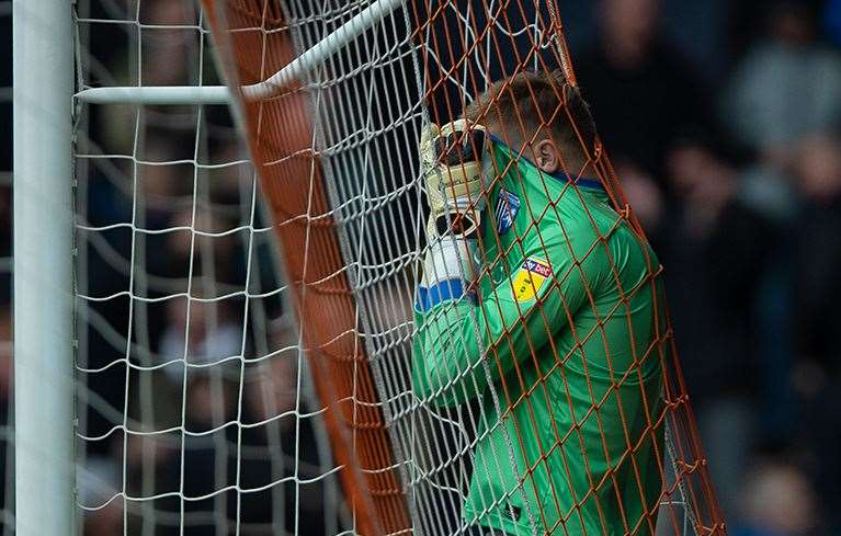 Tomas Holy reacts to conceding a goal at Luton Picture: Ady Kerry