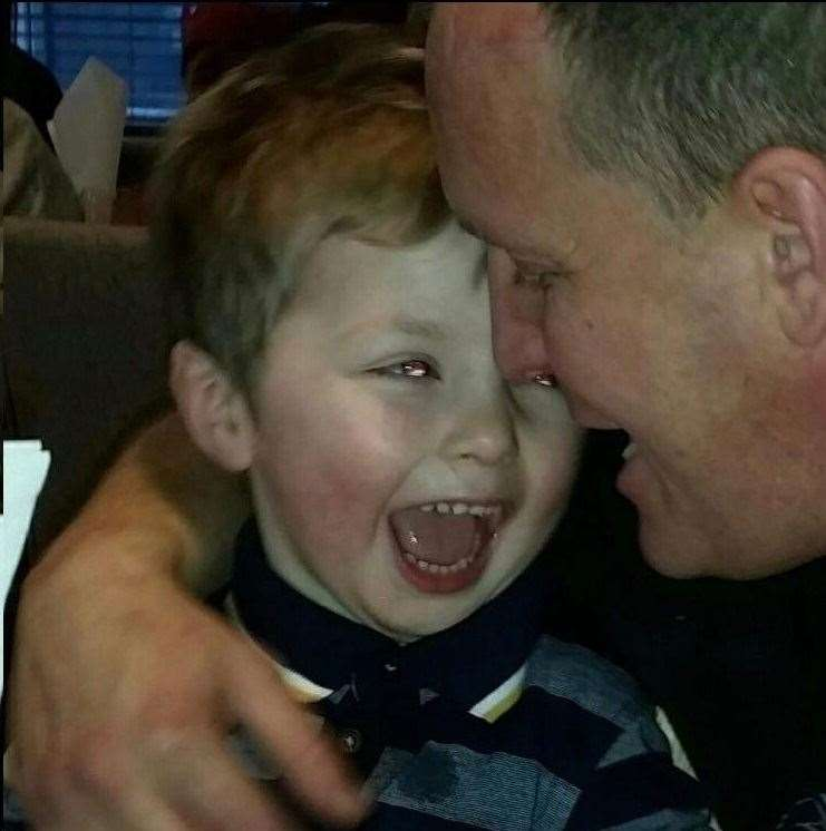 Ollie Jones smiles with his dad Lloyd (12957398)