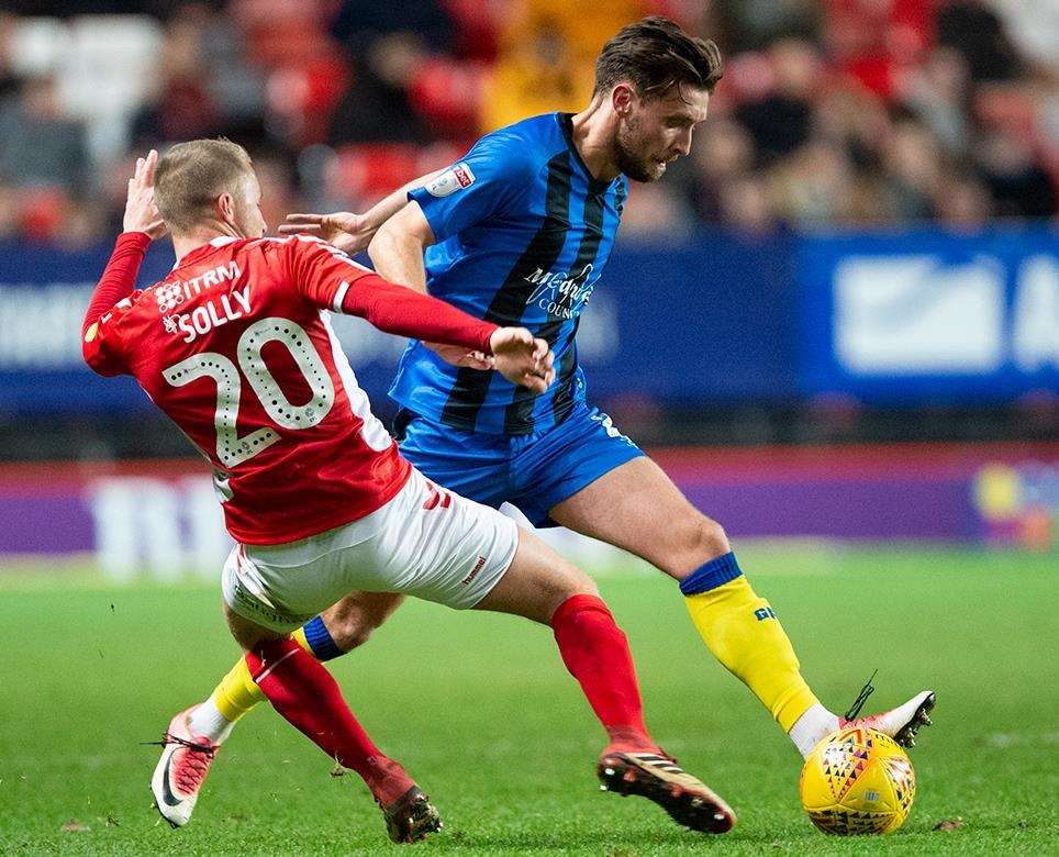 Charlton v Gillingham match action Picture: Ady Kerry (6191840)