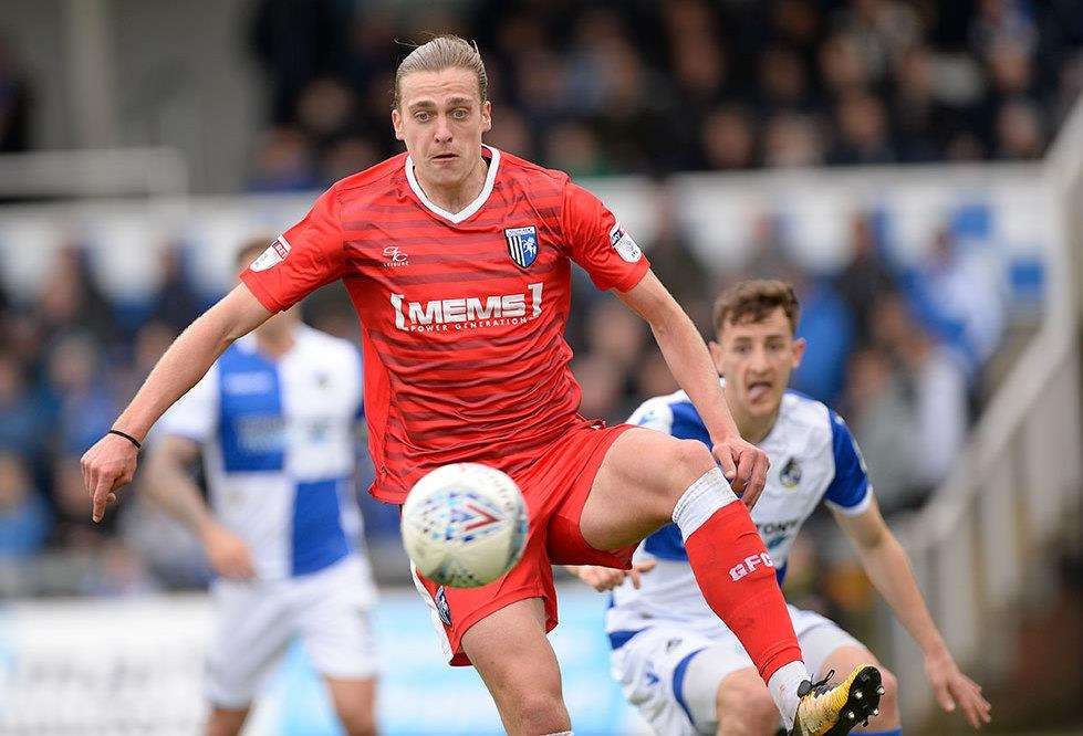 Tom Eaves on the ball for the Gills Picture: Ady Kerry
