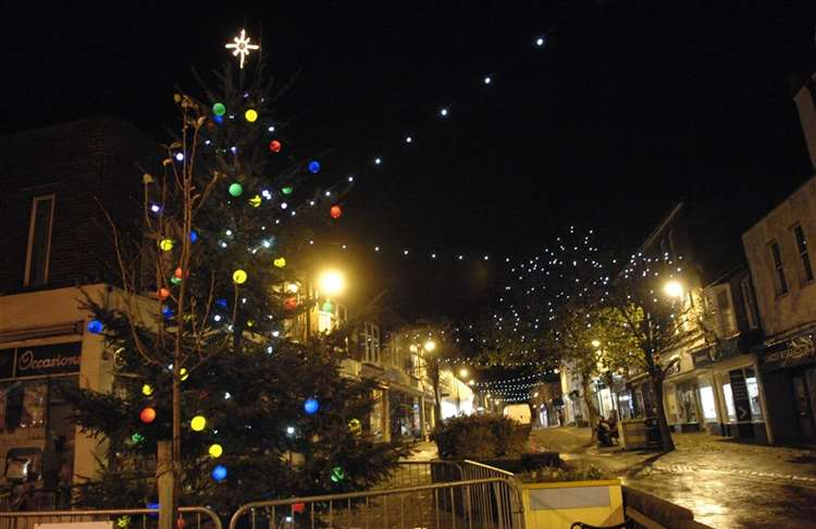 How Long Do Christmas Lights Last.Canterbury City Council Withdraws Cash For Christmas Lights