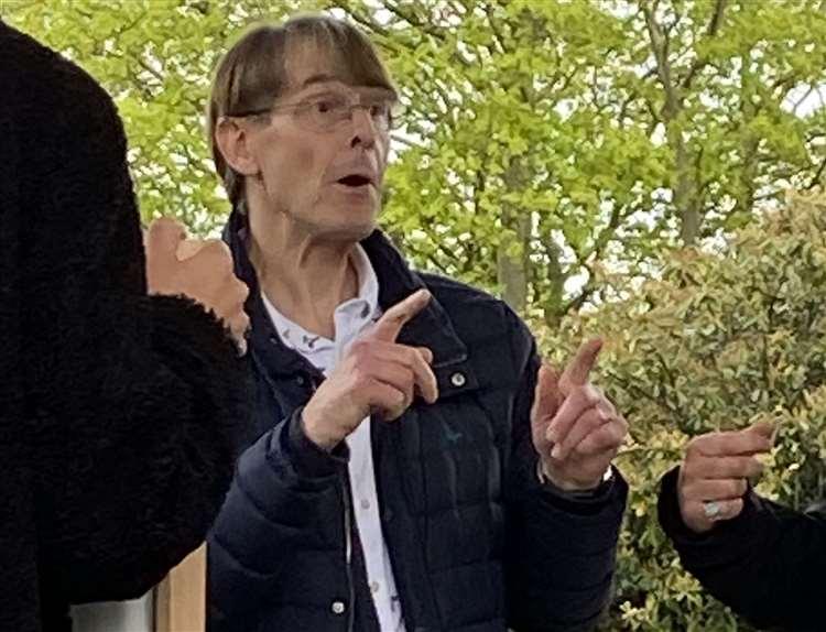 """Ehemaliger Vizepräsident von Pfizer nimmt an Freiheitsmarsch teil: """"Ich schäme mich"""""""