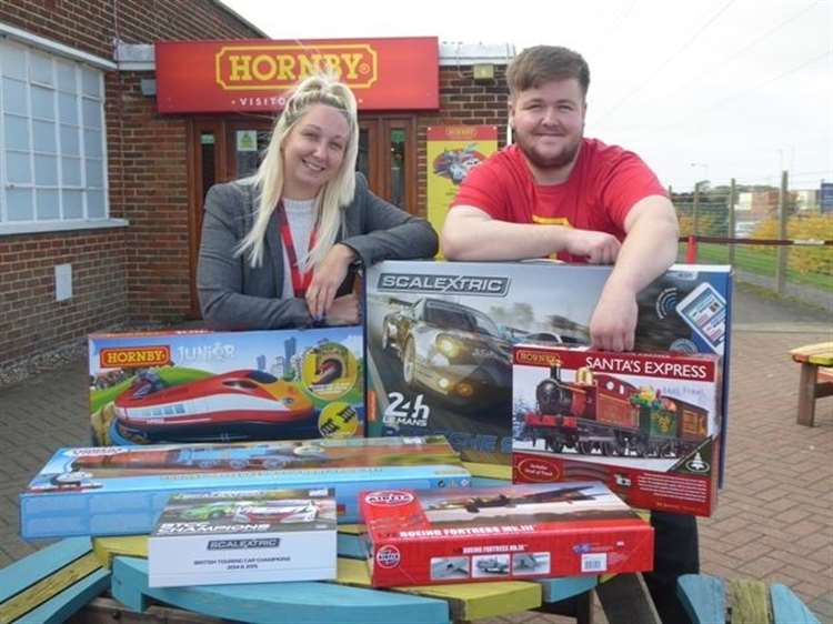 Win Hornby sets at charity quiz