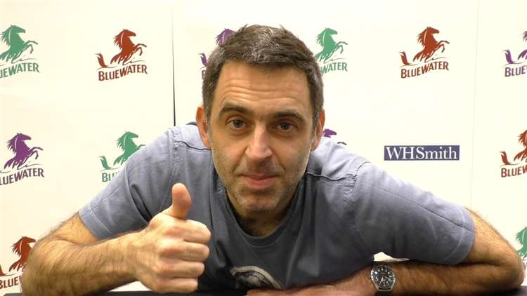 Ronnie O'Sullivan was at Bluewater meeting fans and signing his book