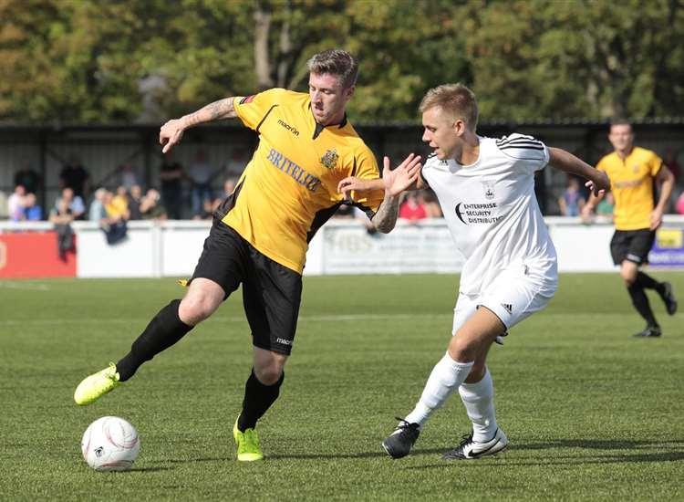 Ebbsfleet United re-sign former Maidstone United, Margate