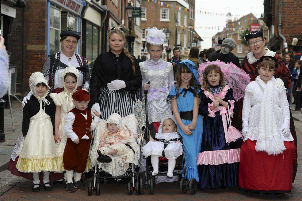 Festival visitors looking fabulous in Victorian outfits