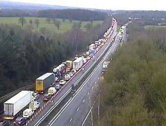 Long delays on the M25 (5834771)