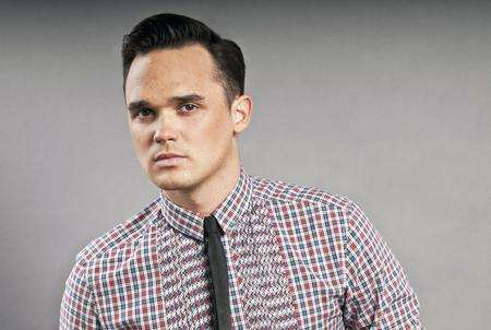 Gareth Gates will play the Prince in Sleeping Beauty