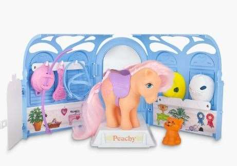 The original Pretty Parlour playset has been recreated in authentic detail