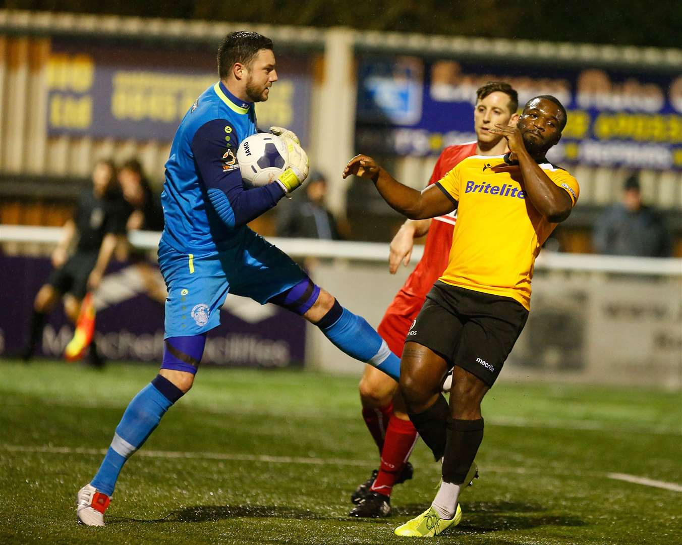 Maidstone United striker Ibby Akanbi just misses out to Hemel keeper Sam Beasant Picture: Andy Jones