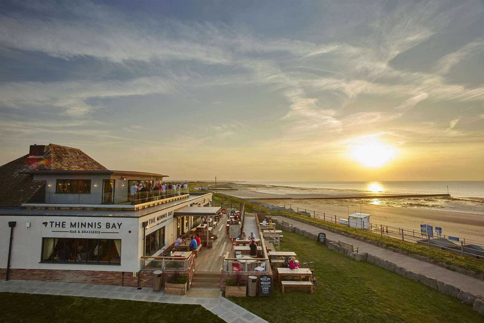 Packing the wow factor... the Minnis Bay Bar and Brasserie