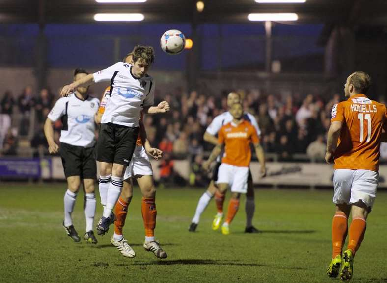 Lee Noble wins a header for the Darts Picture: Andy Payton