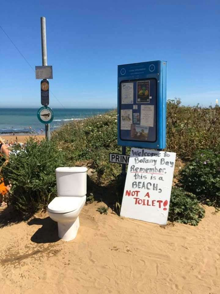 An art installation was put next to Botany Bay by Friends of Botany Bay and Kingsgate urging people not to use the beach as a toilet.