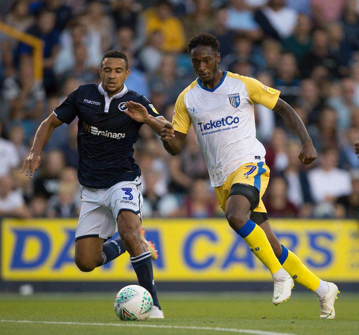 Brandon Hanlan takes on Millwall's James Meredith Picture: Ady Kerry (3603223)