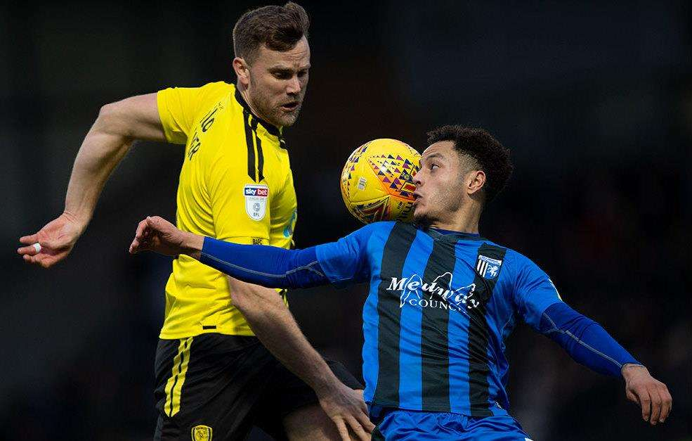 Burton Albion v Gillingham action Picture: Ady Kerry (6470518)