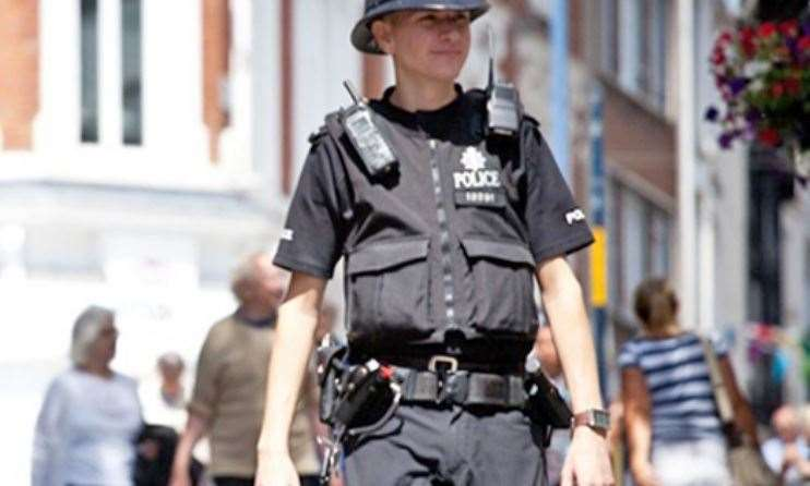Kent Police stock image of constable on the beat (9523473)