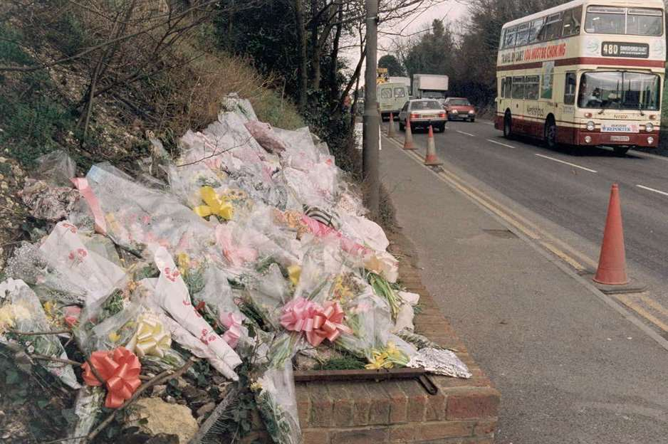 Floral tributes to Claire Tiltman in London Road, Greenhithe in 1993