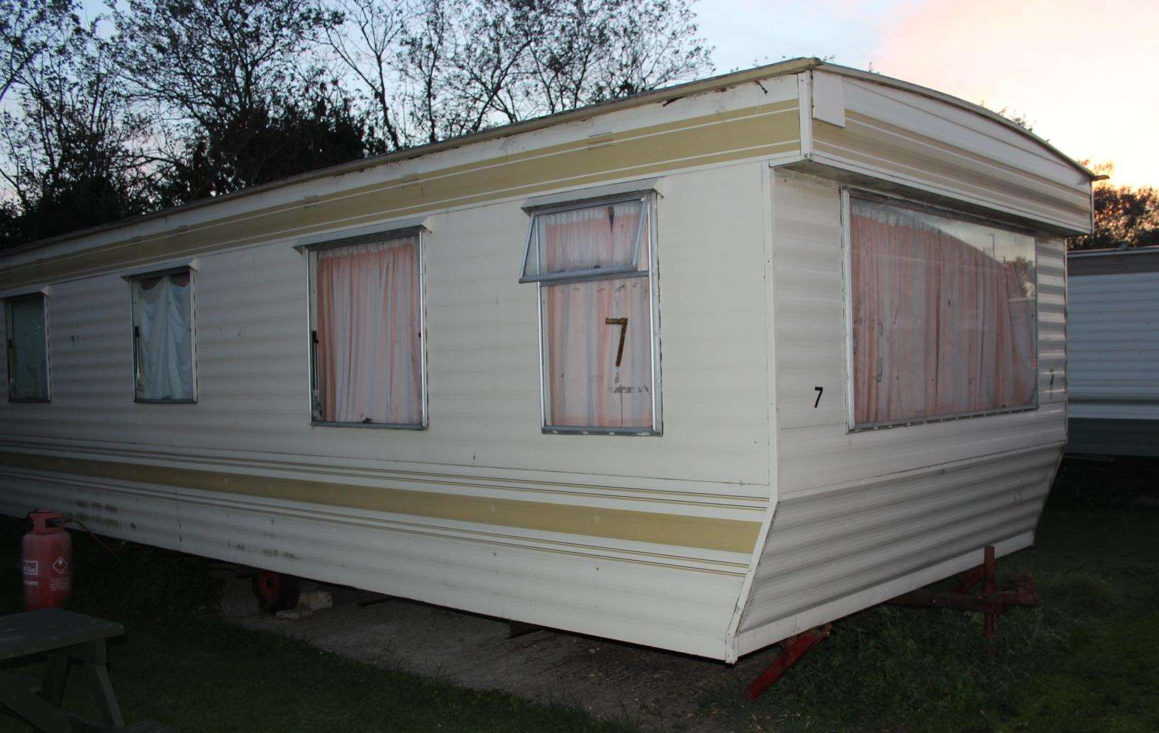 Caravan at Seabreeze park, Sheerness, where Anne McManus lived (4669143)